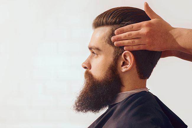 taglio capelli e barba uomo